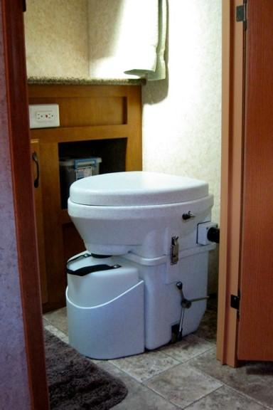 Nature's Head Composting Toilet with Handle Waste Management The Cabin Depot- The Cabin Depot Off-Grid Off Grid Living Solutions Cabin Cottage Camp Solar Panel Water Heater Hunting Fishing Boats RVs Outdoors