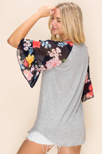 Load image into Gallery viewer, Flowy Floral Bell Sleeve Top