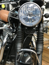 Load image into Gallery viewer, Triumph T120 2018
