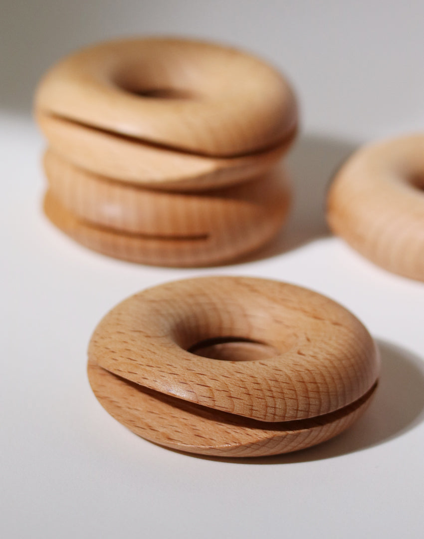 Wood Donut Clip (Set of 2)