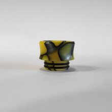 Load image into Gallery viewer, Half Moon 810 Acrylic Wide Bore Drip Tip