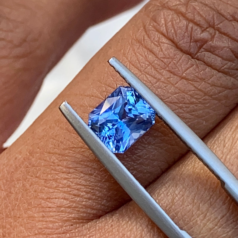 1.66 ct Ceylon Blue Sapphire Natural Unheated