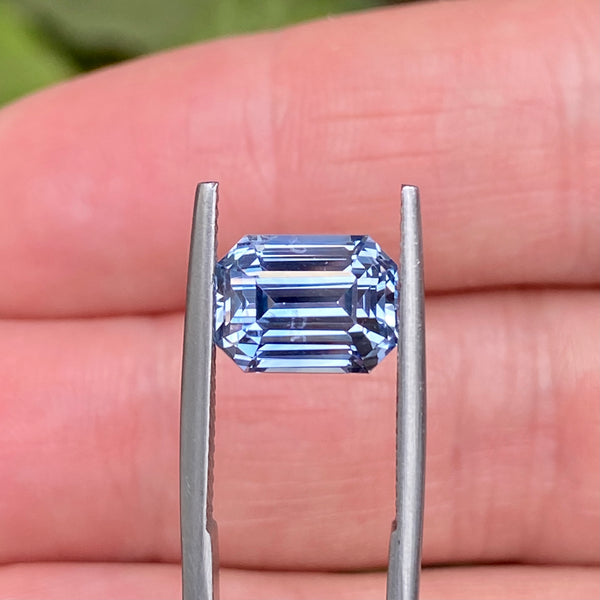 5.17 ct Light Blue Sapphire Unheated Ceylon