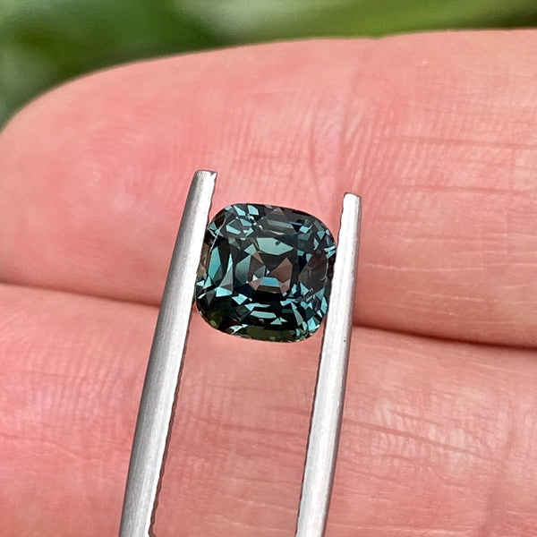 2.58 ct Green Sapphire Cushion Unheated Madagascar