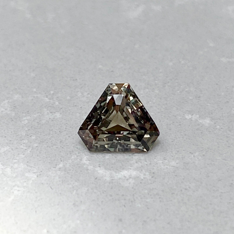 1.55 ct Green Colour Change Sapphire Triangular Cut Unheated Ceylon