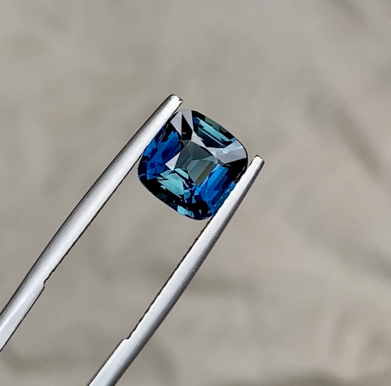 2.67 ct Cushion Teal Sapphire Certified Unheated