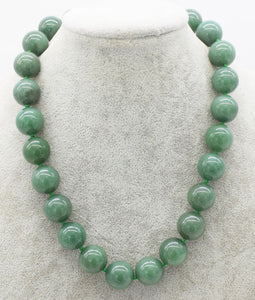 green jade  round  14-18mm necklace 17inch   beads nature jewelry