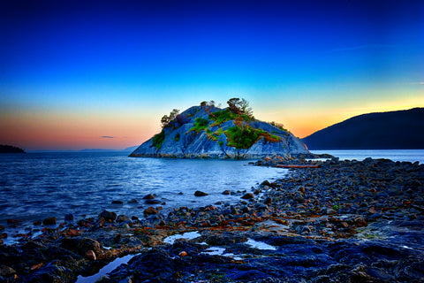 Whyte Islet at Whytecliff Park