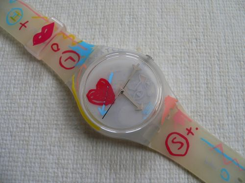 Swatch Take My Heart GW130