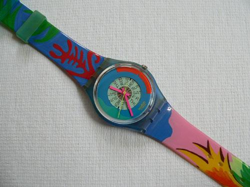 Passion Flower GN703 Swatch Watch