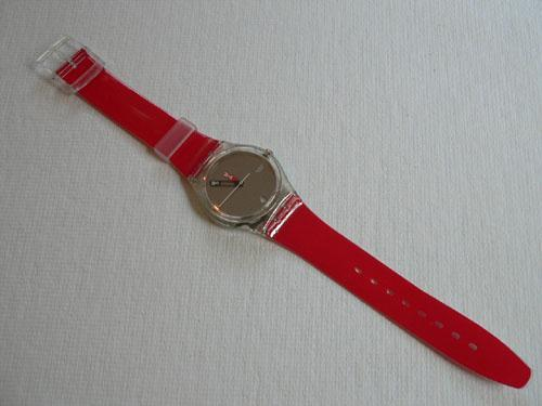 Swatch Moma Red GZ406C