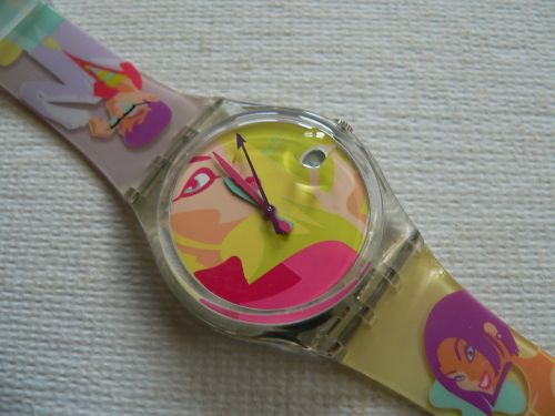 Swatch Oops! My Nails GK421