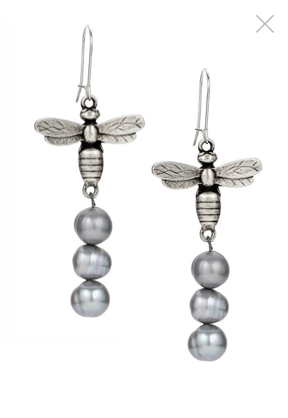 FRENCH KANDE CM609-Y Ear, MIEL PENDANT AND SILVER PEARL EARRINGS