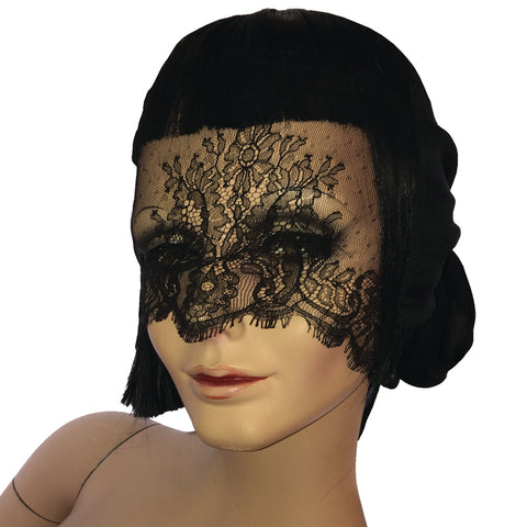 Doree Chantilly Blindfold