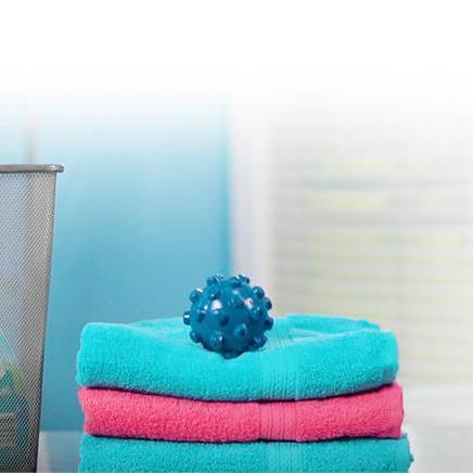 【Hot Sale Now】- Wrinkle Remover Laundry Ball (2 PCS)