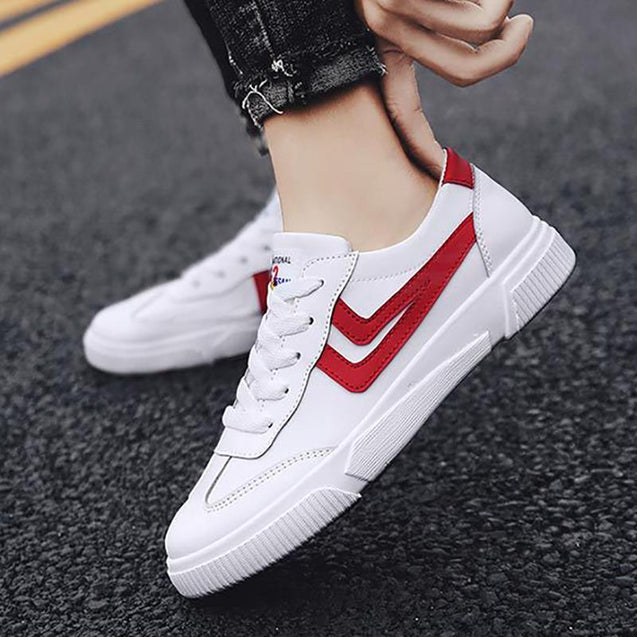 Casual Men Color Matching Round Toe Flat Sneaker