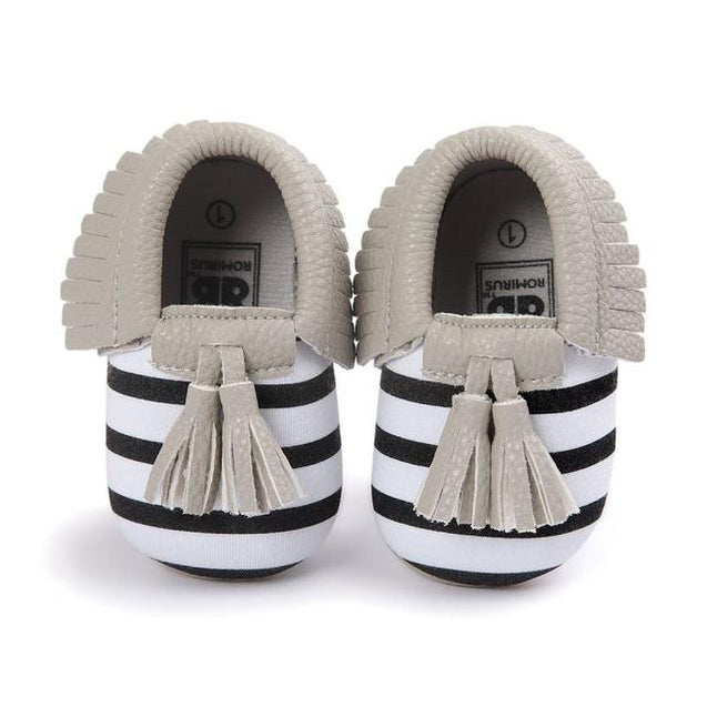 Limited Edition Chic Designer Tassel Moccasin Collection