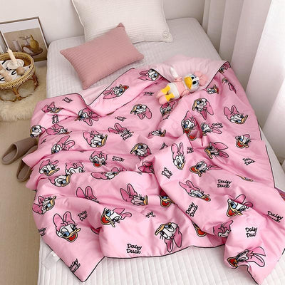 Holiday Daisy Quilt 1928Mickey 47 X 50 INCHES (120 CMx150 CM) Pink