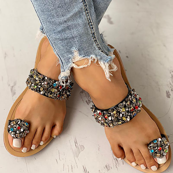 Women's rivet detail toe ring flat sandals
