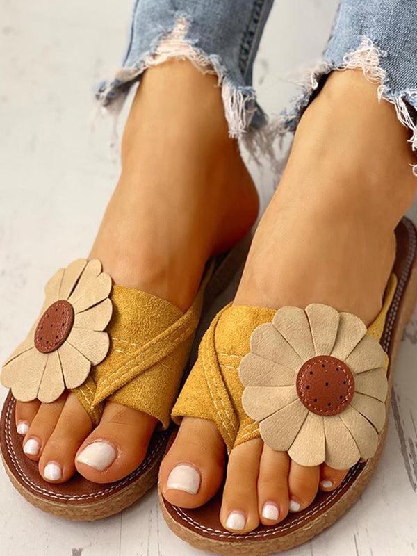 Women's flower color matching flat slippers