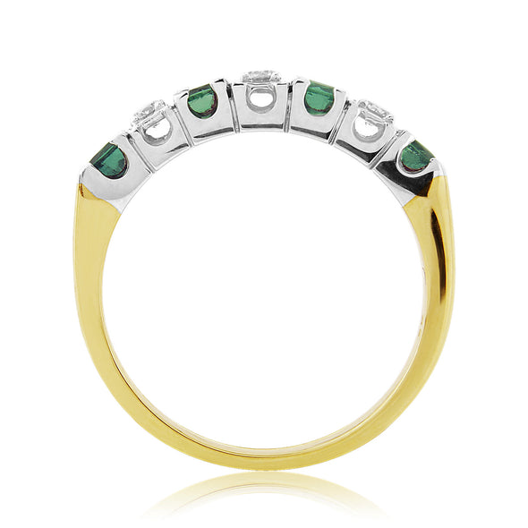 9ct Gold Emerald & Diamond Ring