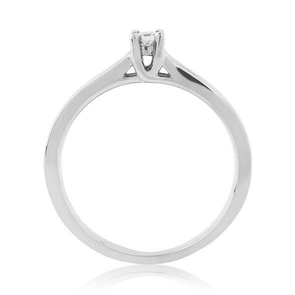 9ct White Gold Diamond Solitaire Ring