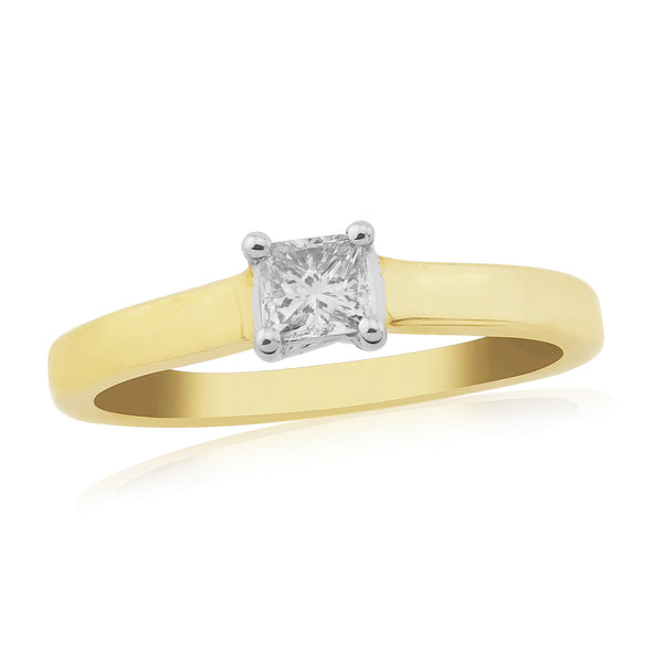 9ct Diamond Solitaire Princess Cut Ring