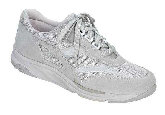 Women's Tour Mesh Lace Up Sneaker