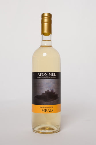 Welsh Wildflower Mead Medium (13%, 75cl)
