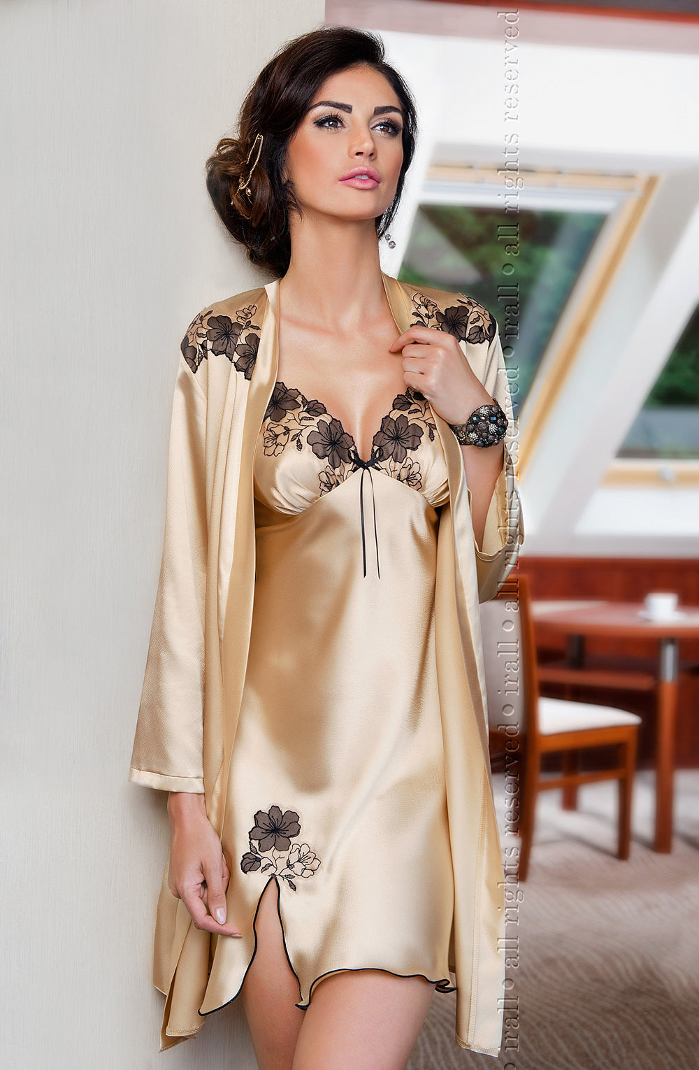 Irall Petra Dressing Gown Champagne