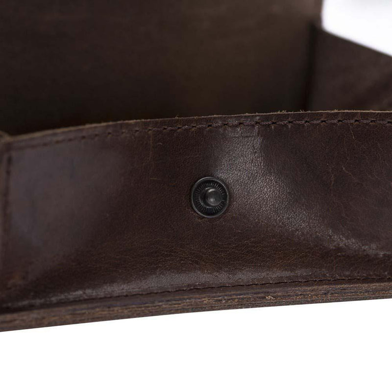 functional-leather-credit-card-holder