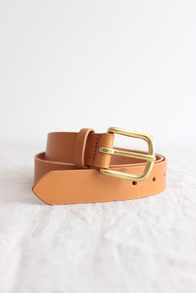 Brass buckle belt camel