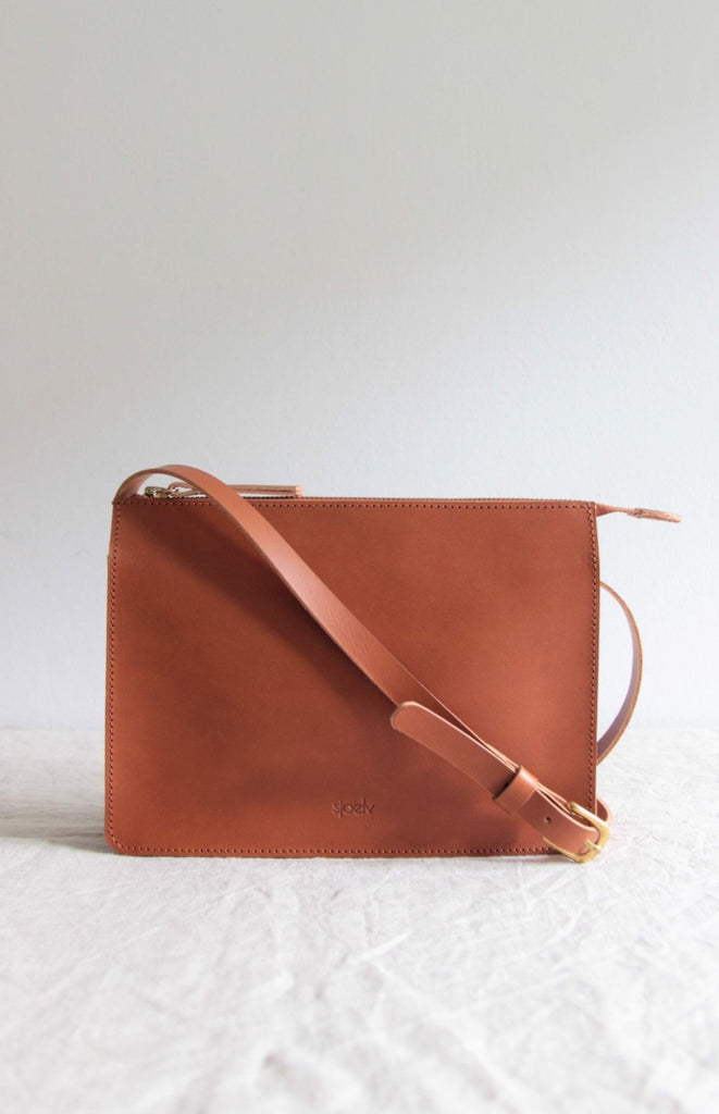 Classic crossbody bag brown