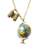Collier globe coloré.