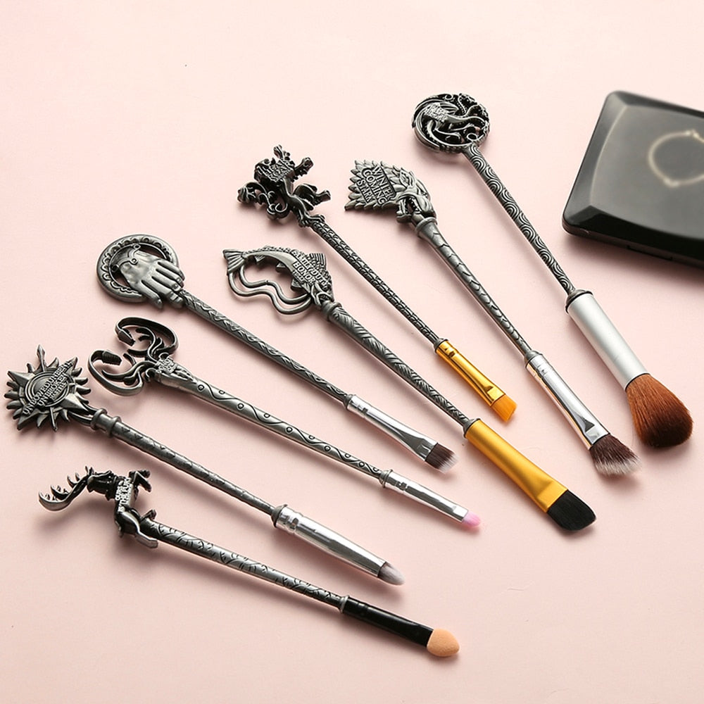 "Game of Thrones Makeup Brushes Set ""Winter is coming""King's Hand/Fish/lion Eyebrow Cosmetic Brush Sets Tools Pincel Maquiagem"