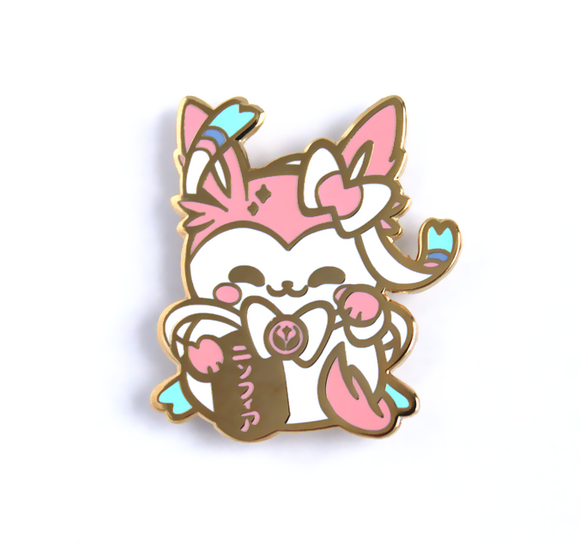 Sylveon Maneki Pin