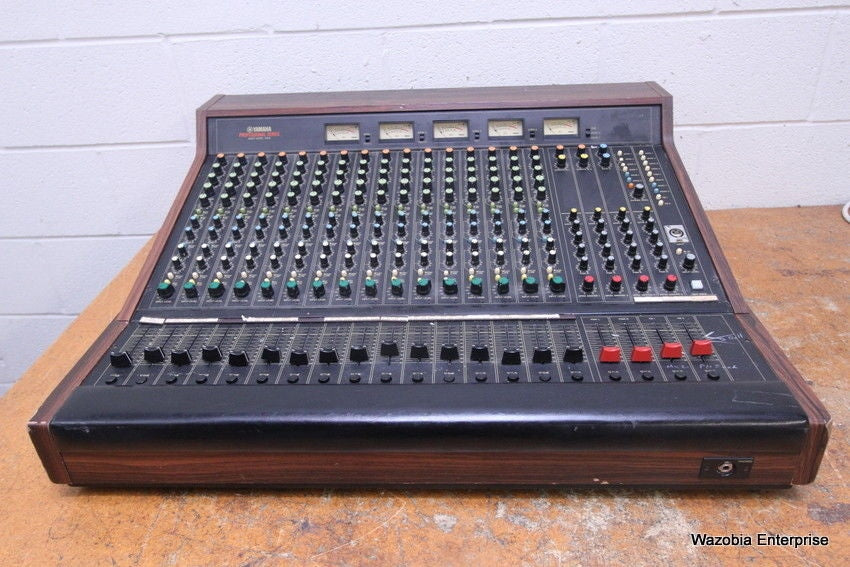 YAMAHA PROFESSIONAL SERIES MIXER MODEL M916