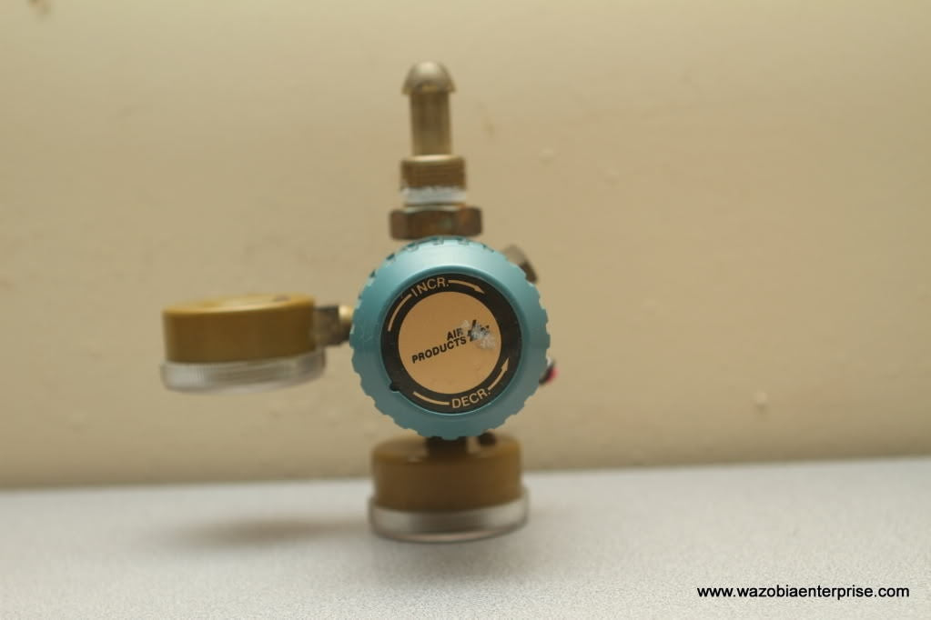 AIR PRODUCTS Gas Regulator