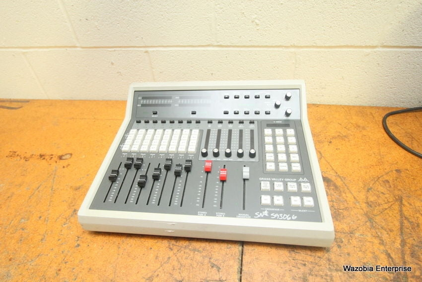 GRASS VALLEY GROUP GVG AUDIO CONTROL PANEL PNL