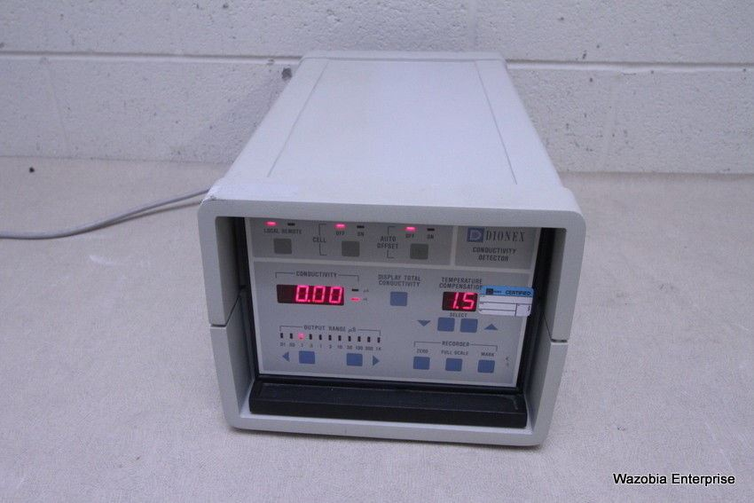 DIONEX CONDUCTIVITY DETECTOR MODEL CDM-3 CHROMATOGRAPHY HPLC