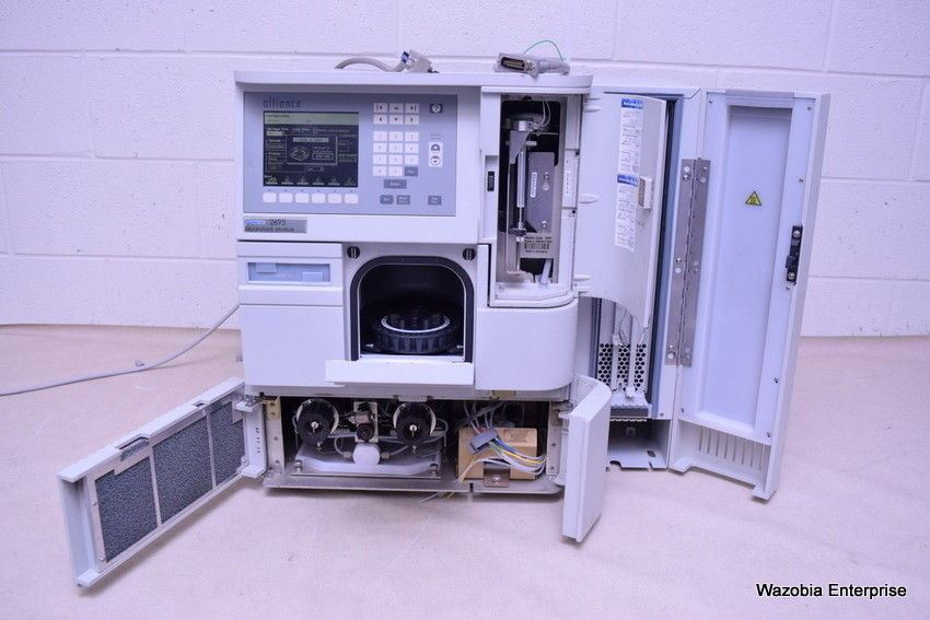 WATERS 2695 ALLIANCE SEPARATIONS MODULE WITH 2487 DUAL ABSORBANCE DETECTOR HPLC
