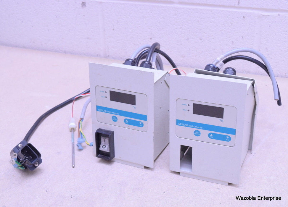 NESLAB INSTRUMENTS CFT-33 REFRIGERATED CHILLER CONTROLLER