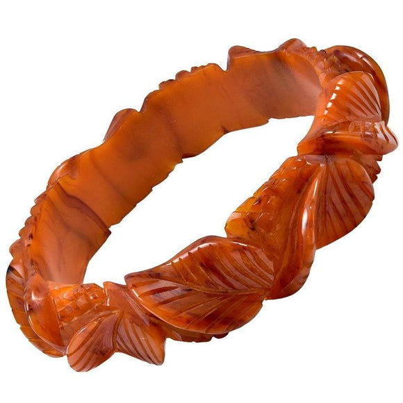 Lovely Carved Bakelite Bracelet - Gem de la Gem