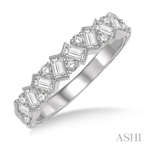 Zigzag Baguette and Round Cut Diamond Ring in 14K White Gold