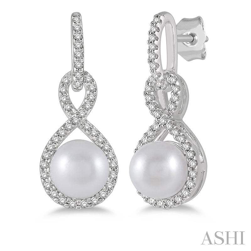 Infinity Pearl & Round Cut Diamond Earring