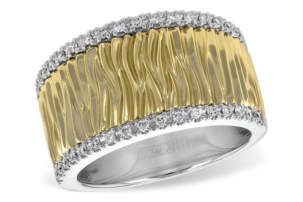 14kt Two Tone Ladies Band .20ctw