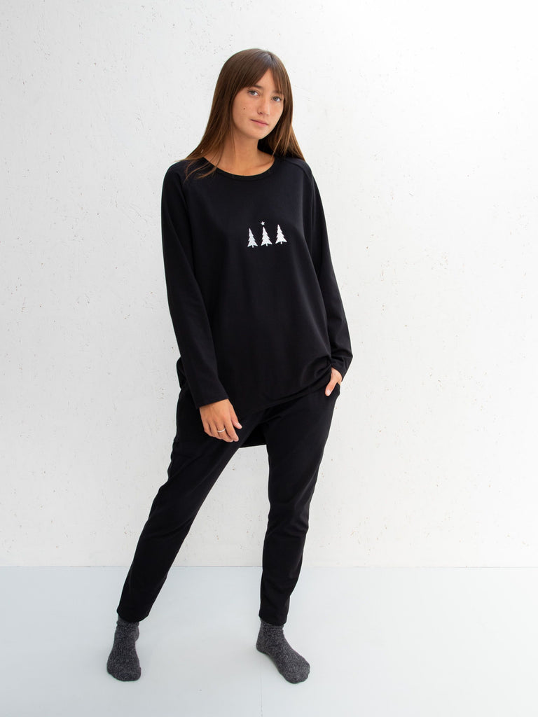Chalk Christmas Robyn Long Sleeve Top Black Triple Tree