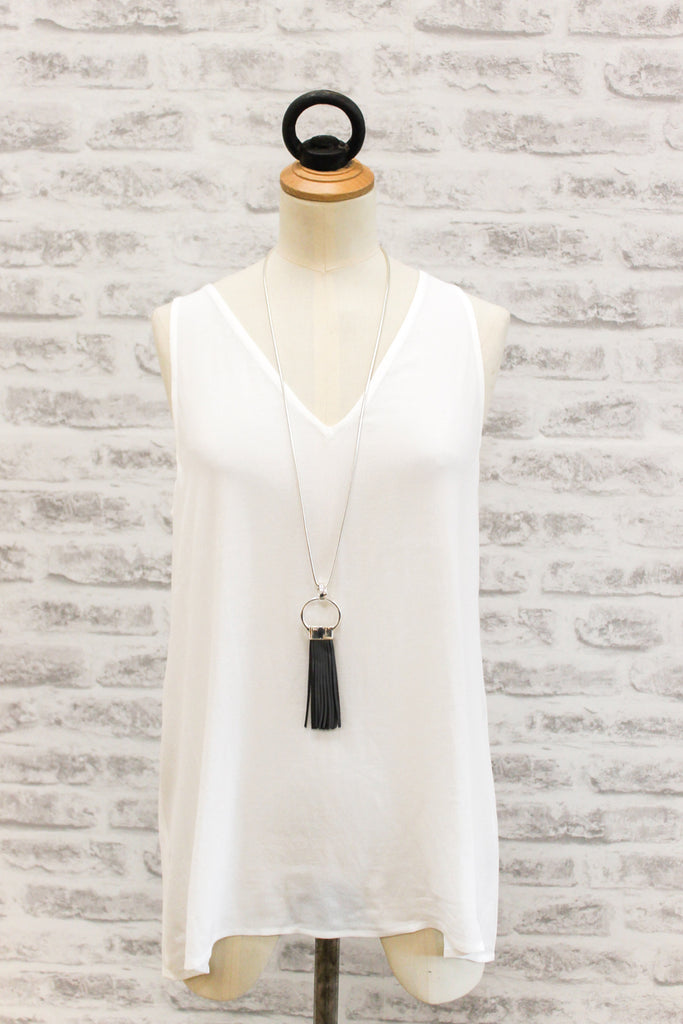 Eb & Ive Basic V-Neck Top White