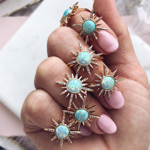 Gemstone Starburst Ring - Opal (Aqua)