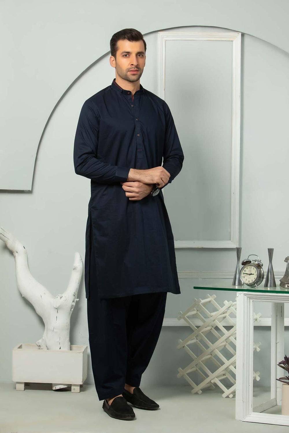 Black Shalwaar Suit AMSSS20004
